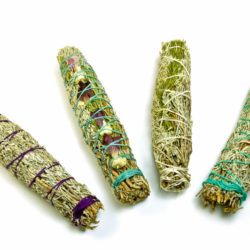 Making a Sage Bundle to Smudge a Space